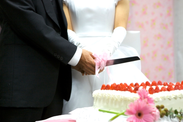 新婚カップルに人気の「披露宴の料理演出」