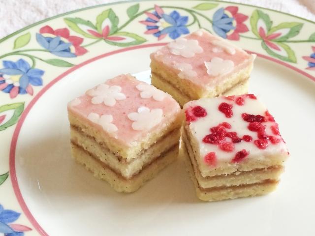 新婚カップルに人気の「引菓子の品目」