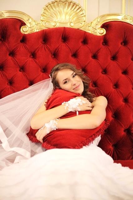 新婚カップルが別撮りロケーション撮影で購入したカット数・費用