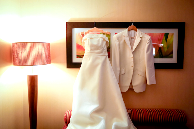 新婦の衣裳の手配方法、購入・レンタル先のトレンド